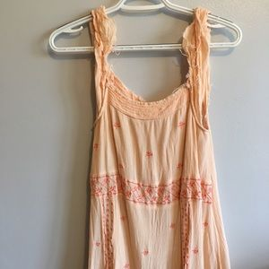 Soieblu Sleeveless embroidered dress